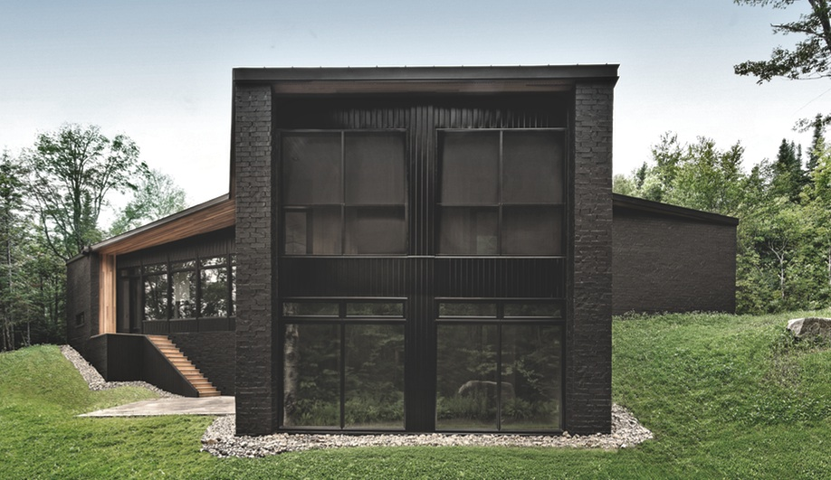 La maison cran de l 39 architecte qu b cois alain carle se for Comment trouver l architecte de la maison