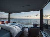 Une splendide résidence perchée sur le bord d'une falaise avec une vue imprenable