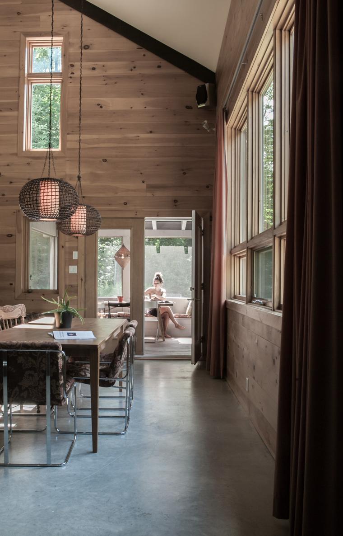 La maison nordique bor ale situ e sainte ad le une for Architecture quebecoise