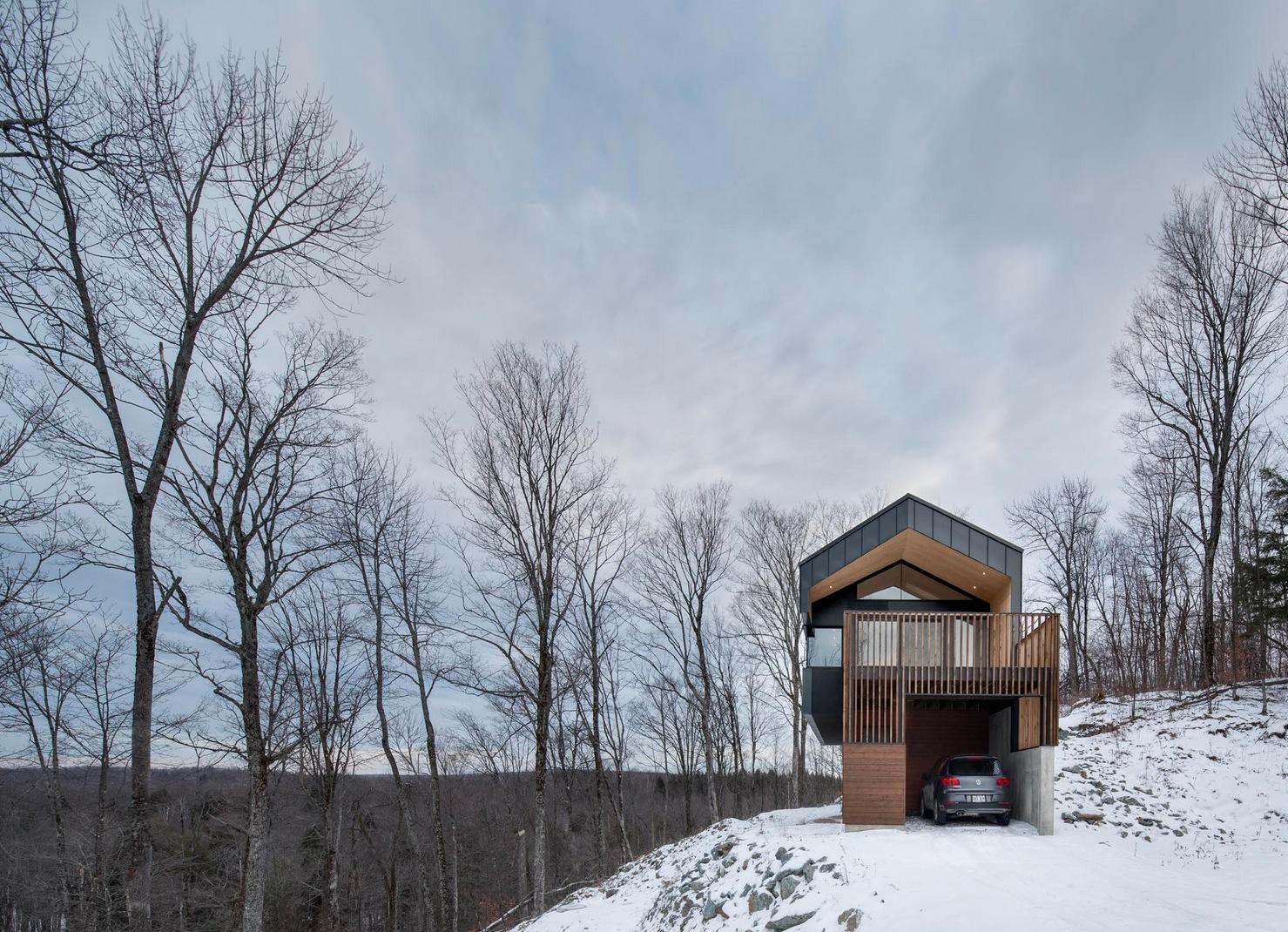 La r sidence bolton en estrie b tir une superbe maison - Maison design foret kube architecture ...