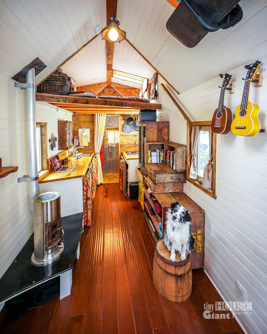 Tiny house giant journey mobile home joli design