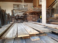 La Grangerie à Vaudreuil – Le paradis si vous avez un projet DIY qui nécessite du bois de grange