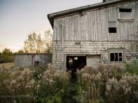 Une très belle série de photos mettant en valeur une grange située à St-Denis-De-Brompton au Québec