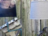Des lampes faites à la main à partir de pièces recyclées d'automobiles