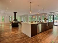Cette luxueuse résidence située à Mont-Saint-Hilaire est présentement à vendre
