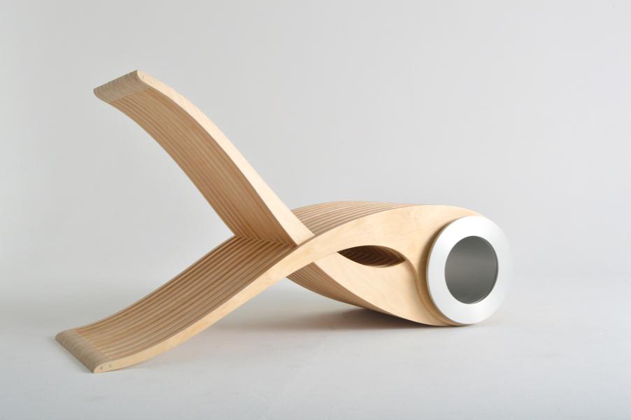 Une chaise au pur g nie qu b cois joli joli design for Stuhl design exocet