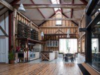 Vivre dans une grange, sans les bottes de foin : un réaménagement grandiose en Angleterre