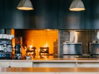 Hoogan & Beaufort : Un magnifique restaurant aménagé dans une ancienne usine de trains