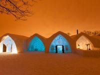 Vivez une aventure nordique comme nulle part ailleurs dans le plus chaleureux des établissements : L'Hôtel de Glace de Québec!