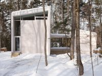 L'apaisante Maison Haute de l'Atelier Pierre Thibault à Lac-Clair dans les Laurentides