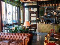 Darling : Le café-bar aux allures rétro à visiter sur le Plateau Mont-Royal