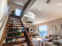 Voici un aperçu d'un penthouse d'Habitat 67 présentement en vente pour 710 000$