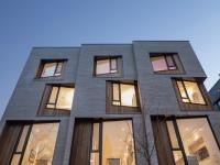 Ces nouveaux lofts trompe-l'oeil sont dans un quartier résidentiel bien populaire