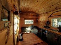 Le Kayak-Café : De jolies cabanes et wagons écologiques à découvrir dans les Laurentides